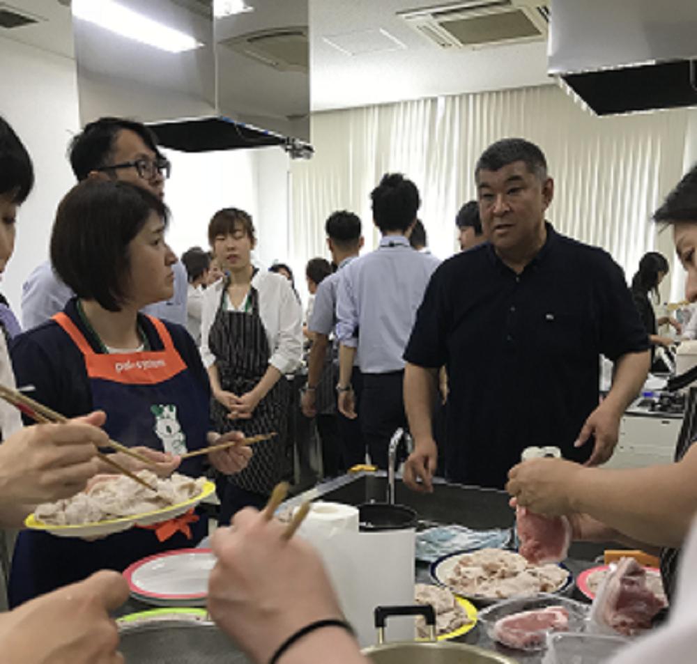 日本のこめ豚について豊下代表より説明(ポークランドグループ)